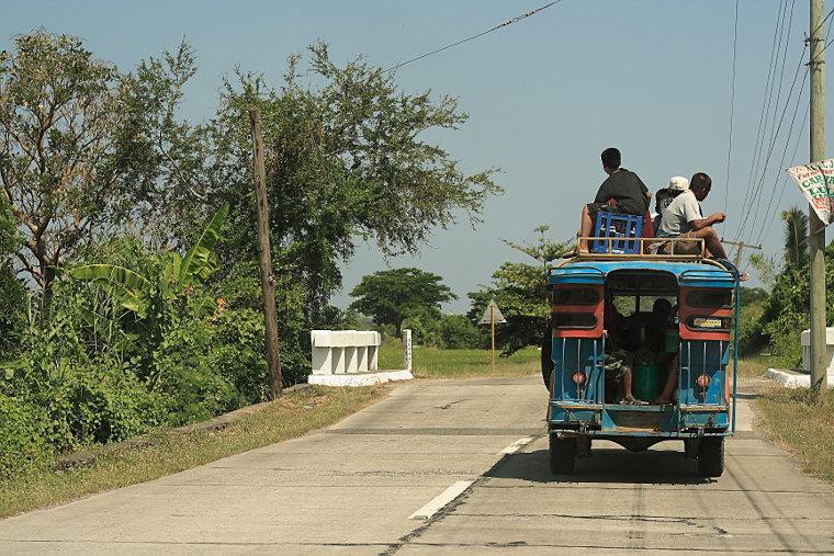 Jeepney, Fully Loaded