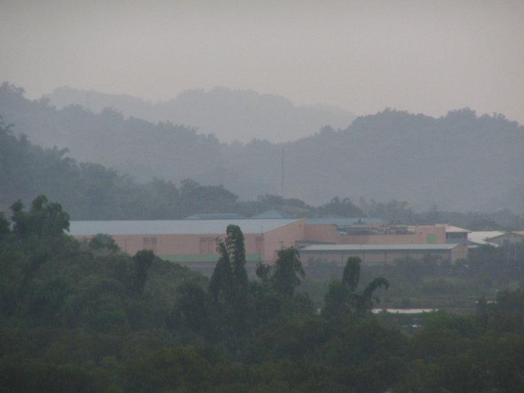 CSI mall in the rain