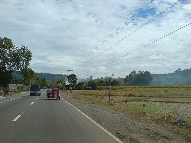 A drive to Balaoan and Luna